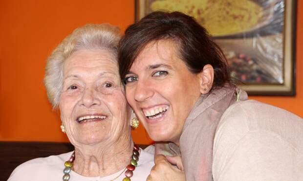 Пенсионеров из Лианозова тренер научит смеяться над любой проблемой