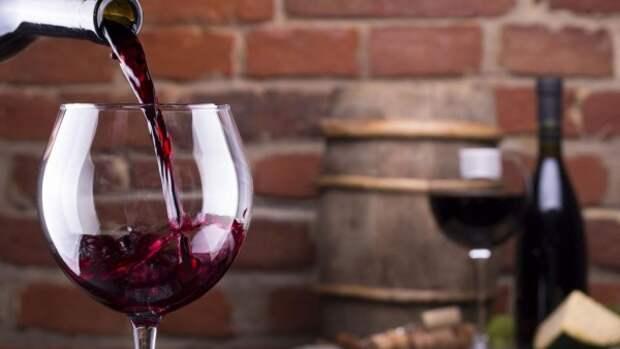 Поступления в бюджет Крыма от вина увеличились почти втрое