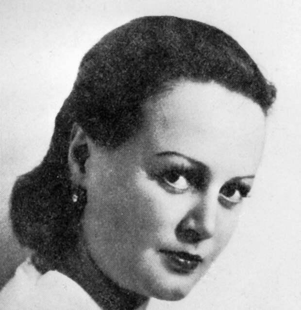 Татьяна Окуневская. 1948 год.