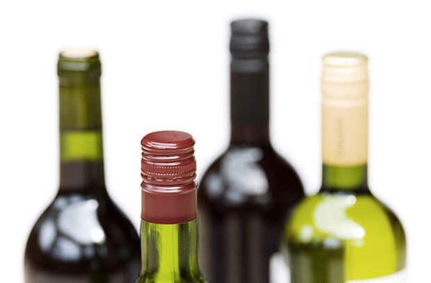 Деревянные пробки против винтовых: какое вино лучше