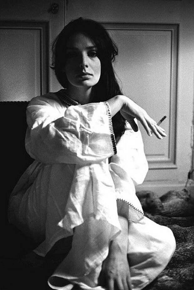 Мари Лафоре - красавица с огромными глазами  из 70-х.