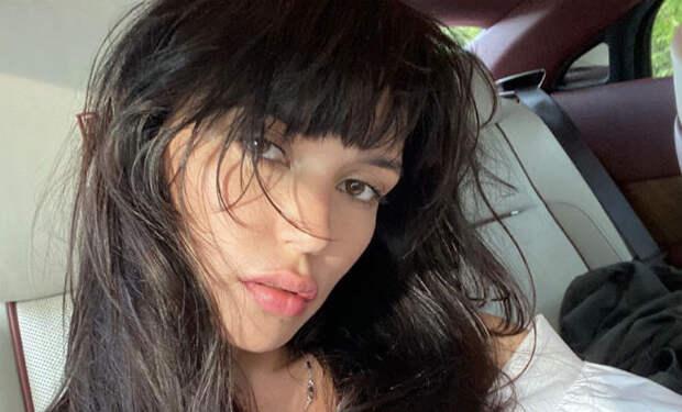 Солистка Серебро надела тесный купальник и написала, что ей не стыдно