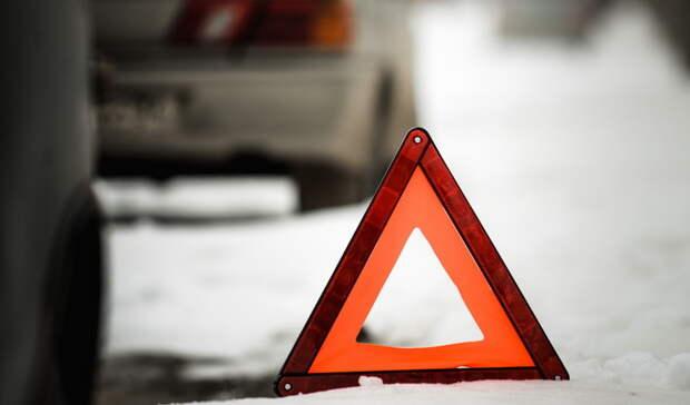 ВНижнем Тагиле водитель «Шкоды» вылетел навстречку иустроил «лобовое» ДТП