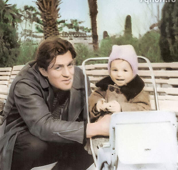 Константин Константиновский с сыном Алексеем