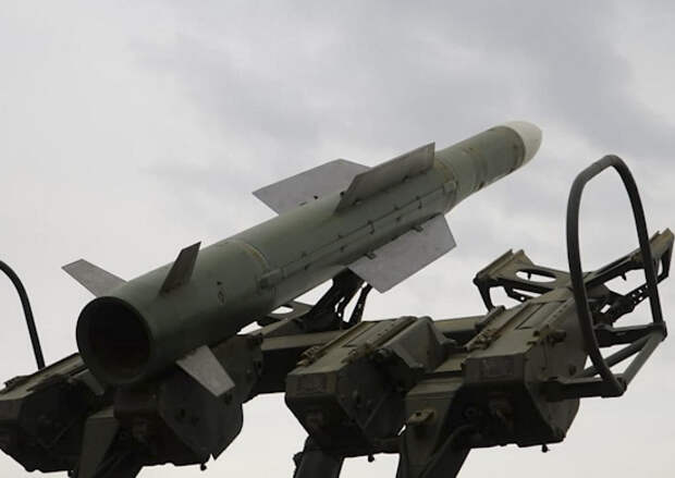 Поступивший на вооружение модернизированный ЗРК «Бук-М3» в пять раз повысил боевые возможности зенитно-ракетного соединения в Алтайском крае