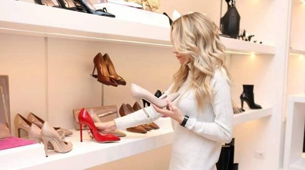 5 предметов гардероба, которые лучше не покупать, хотя они и в моде