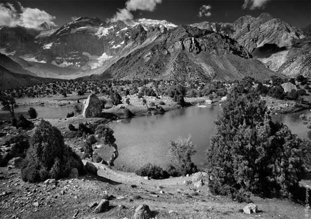 Черно-белые фотографии гор