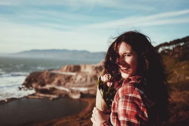Счастливой быть легко: 9 шагов к лучшей жизни