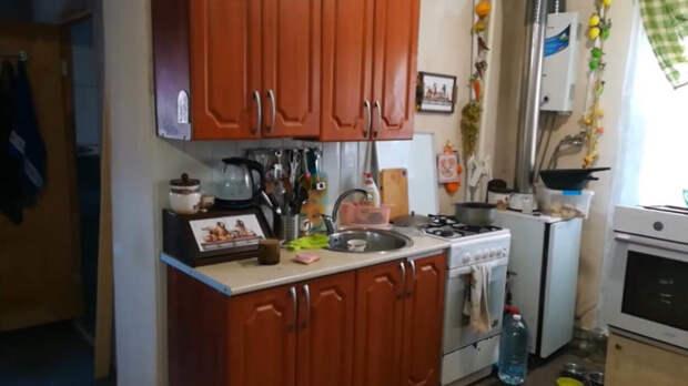 Необычная и бюджетная переделка старых кухонных шкафов. Новый облик за копейки