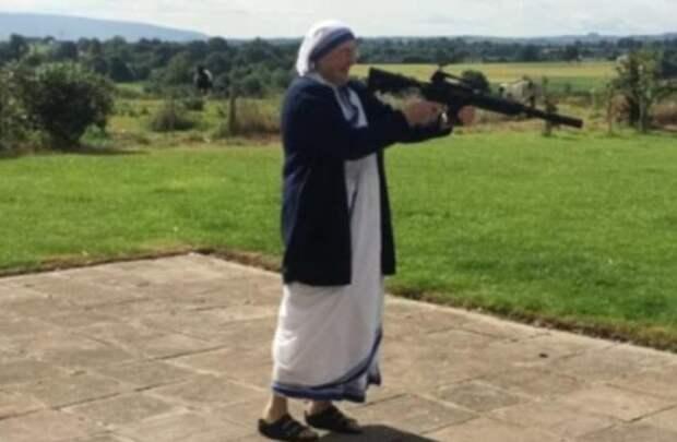 Монахини проводят досуг (12 фото)