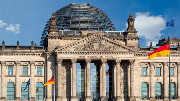 В Германии отменили ряд ограничений для привитых и переболевших коронавирусом