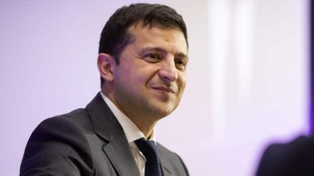 Политолог Неменский считает, что Зеленский не станет настоящим диктатором