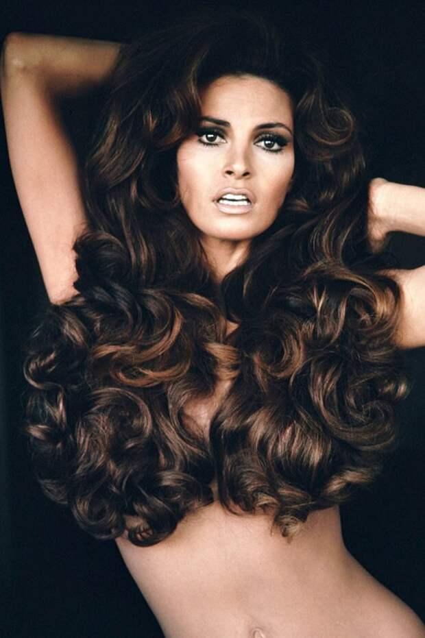 15 мировых звёзд с самыми красивыми волосами – длинными, густыми и блестящими