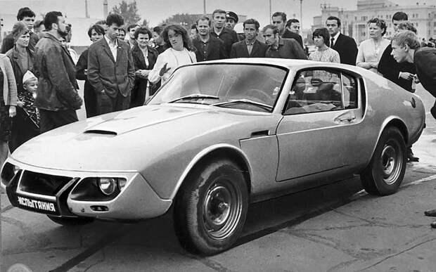 Несбыточную мечту советского человека о собственном спорткупе братья Анатолий и Владимир Щербинины воплотили-таки в 1969-м в реальный автомобиль. Изобретатель, авто, автодизайн, автомобили, самоделка, самодельный авто, своими руками