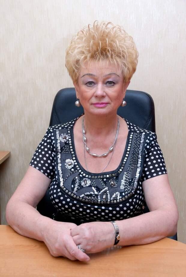 депутат Баранова Нина Александровна.