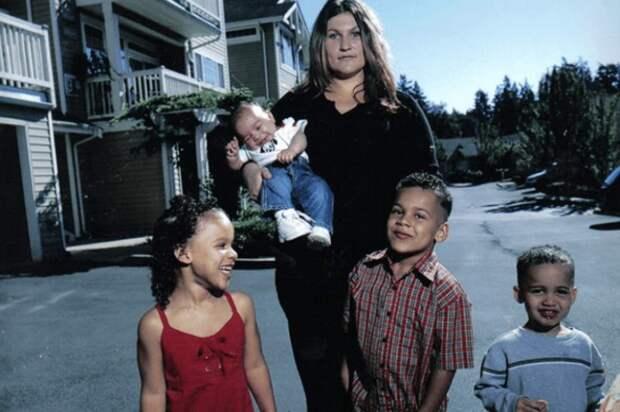 «Дети не твои, и ты — не ты», или Как нерожденная женщина стала матерью четырех детей