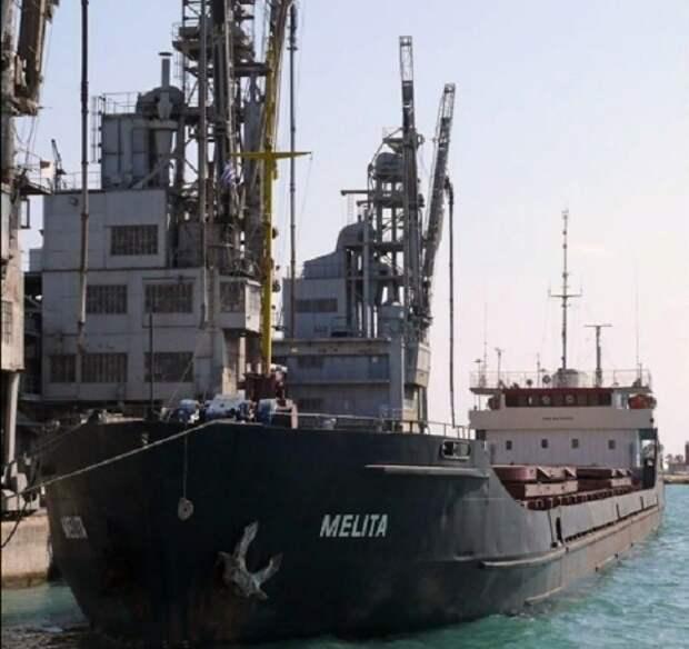 ВМС Украины не стали задерживать российское судно, случайно попавшее в их воды
