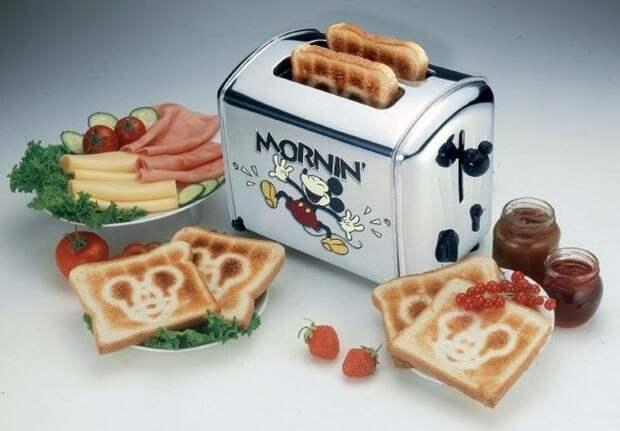С такими тостами можно сделать селфи один раз, а спустя несколько использований до изображений не будет никакого дела / Фото: i.pinimg.com