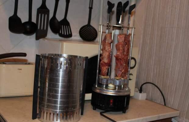 Даже любители мяса не захотят часто жарить шашлык из-за перспективы мытья агрегата / Фото: irecommend.ru