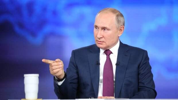 Путин посоветовал замерзшей в России журналистке Хэдли Гэмбл теплее одеваться