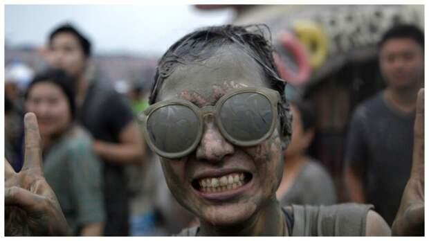 Фестиваль грязи в Южной Корее. Как проходит самый грязный праздник в мире