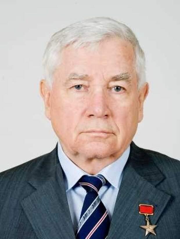 Ушедшие навсегда. Кого Новосибирск потерял за год пандемии? Список памяти