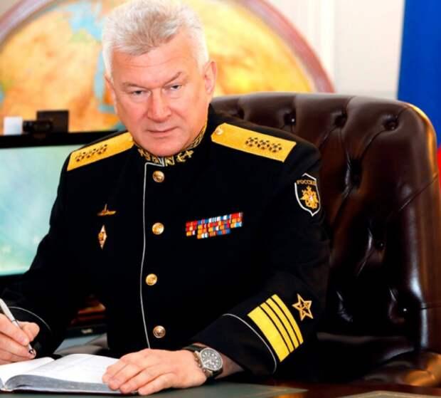 Главком ВМФ РФ прокомментировал инцидент с британским эсминцем