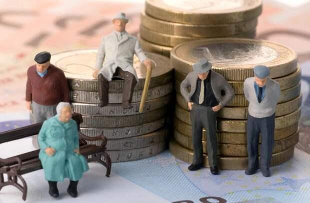Пенсии обогнали инфляцию. Пенсионерам придется платить налог на пенсию