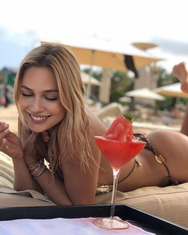«Русская звезда, говорили они»: Наталья Рудова обзавелась поклонниками на Бали