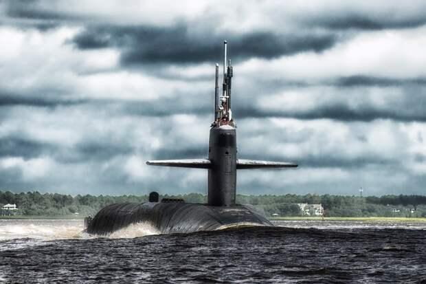 Моряков на американской субмарине в течение года терроризировали клопы