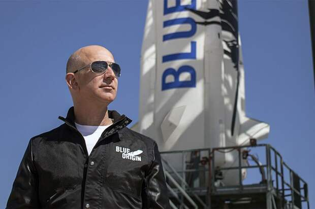 Место на космическом рейсе вместе с Джеффом Безосом продали за $28 млн