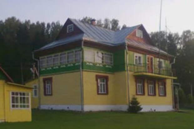 Племянник Людмилы Зыкиной выставил на продажу её особняк под Тверью