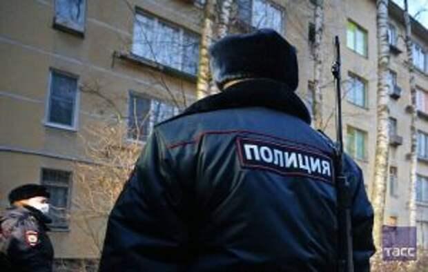 Агрессивный москвич напал с ножом на полицейских и был застрелен