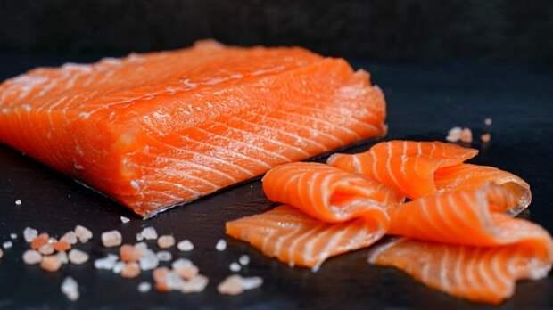Нежная как масло! Как вкусно засолить красную рыбу дома: малосольная семга (лосось, форель)