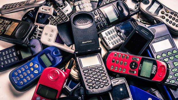 В Россию пришел необычный кнопочный телефон дешевле 2500 рублей