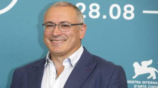 """""""Ваша """"крыша"""" не вечна"""": Как Ходорковский парой фраз оскорбил народы двух стран"""