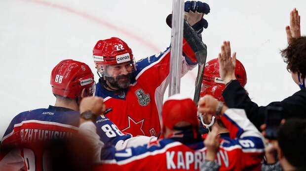 Попов вышел на 3-е место среди самых возрастных авторов голов в плей-офф КХЛ