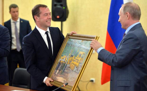 Медведева заставят поменять экономический блок правительства