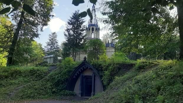 Шуваловский парк вошел в список загадочных и уникальных мест Петербурга