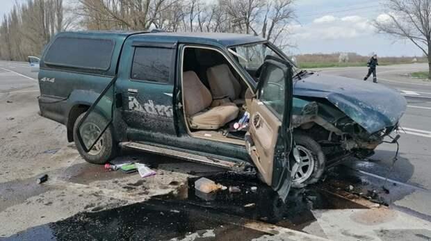 В Крыму столкнулись два автомобиля, есть пострадавшие