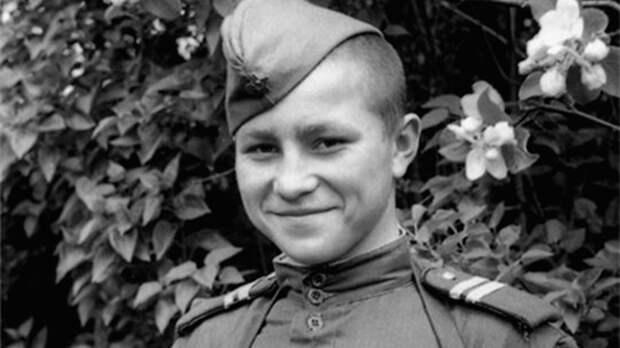 Подросток против «Тигра»: как 16-летний Иван Кузнецов три ордена Славы получил