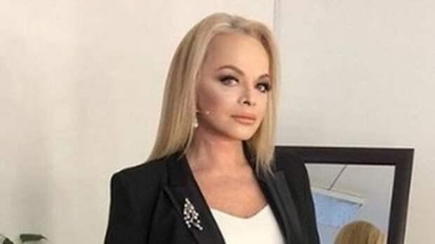 «Просто нет слов»: дочь показала Ларису Долину без макияжа и укладки
