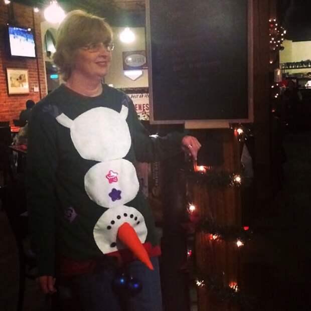 Крейзи свитера на Новый год (подборка)
