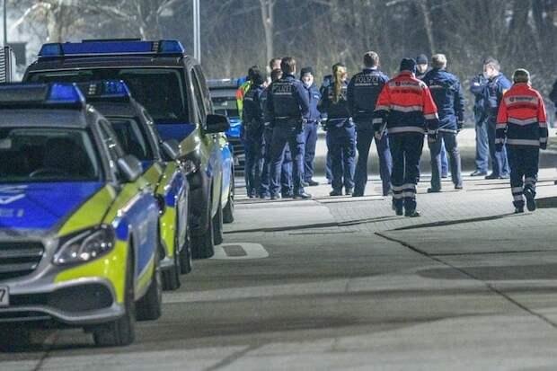 Надоел локдаун: в Баварии группа молодых людей напала на полицию во время контроля карантинных мер