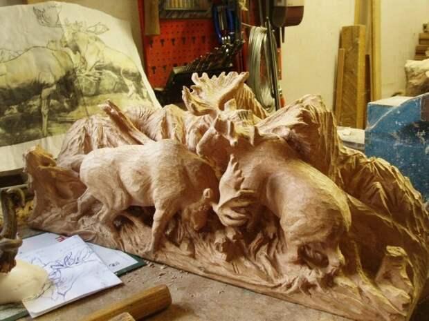 Красивая скульптура из дерева (6 фото)