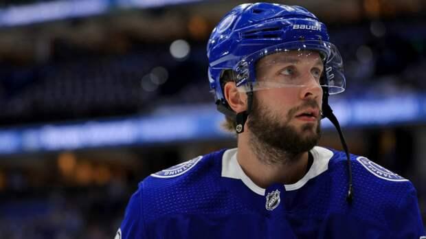 Кучеров психовал нальду иломал клюшки. Его «Тампа» проиграла лучшему клубу НХЛ