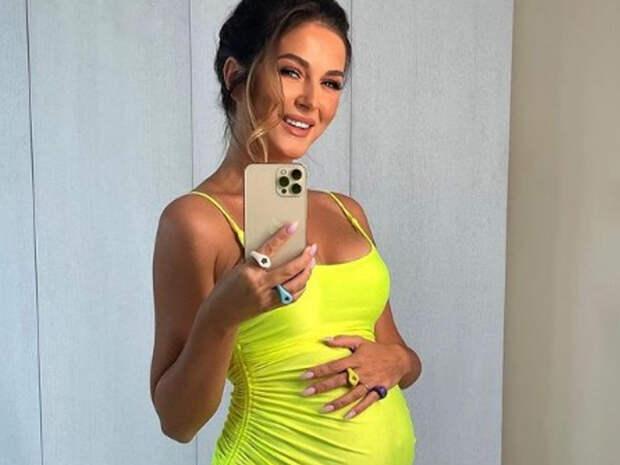 «Прекрасный период»: певица Нюша рассказала, как проходит вторая беременность