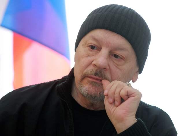 Александр Васильевич Бурдонский. Умер в 2017 году