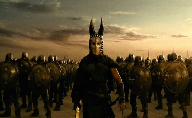 Реинкарнация первая Чуть позже, в Иране Сасанидов появились новые Бессмертные. Эти отряды во многом напоминали своих предшественников и численность их также составляла ровно 10 000 воинов. Но Сасаниды использовали элитную гвардию только в качестве конных отрядов, что принесло свои плоды.