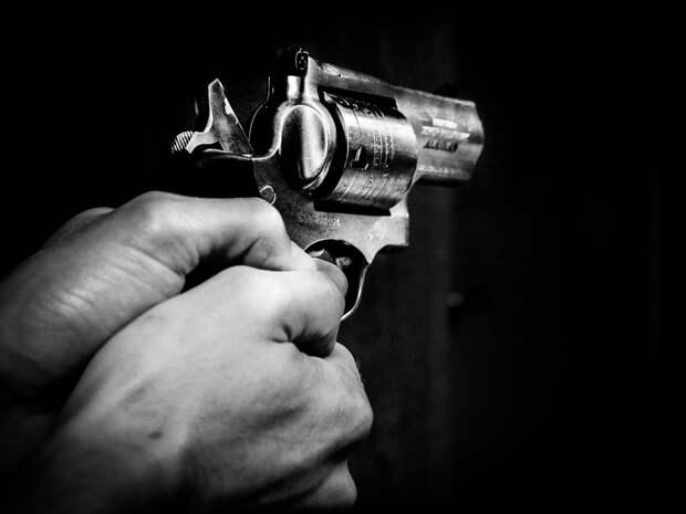 Петербургский суд отправил в колонию отца ребенка-инвалида за стрельбу возле отдела полиции